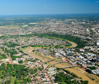 Centrais telefônica de trânsito e via satélite em Rio Branco